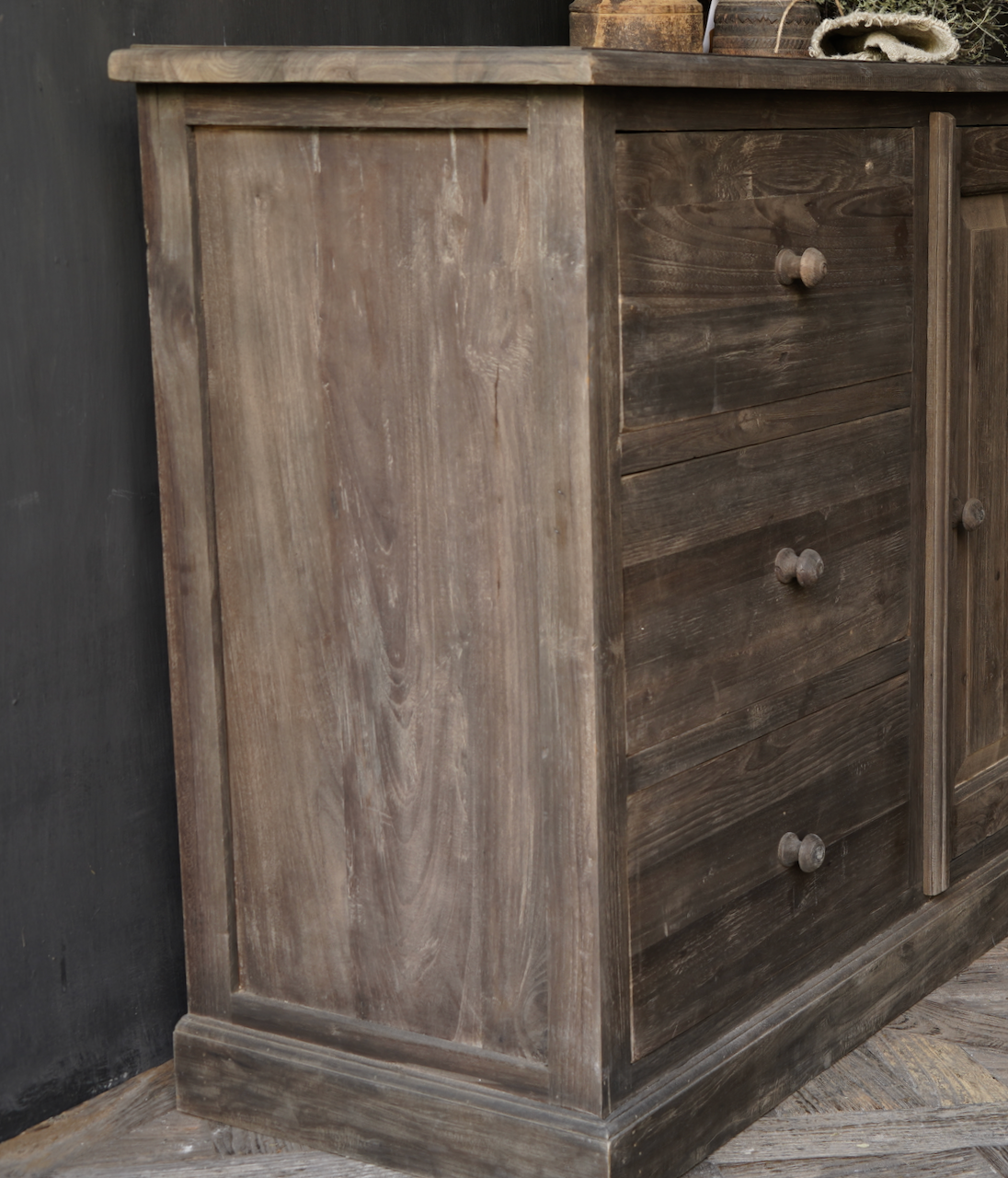 Old wooden drawer cabinet with a door Lieke-5