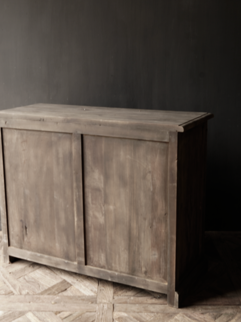 Old wooden drawer cabinet with a door Lieke-4