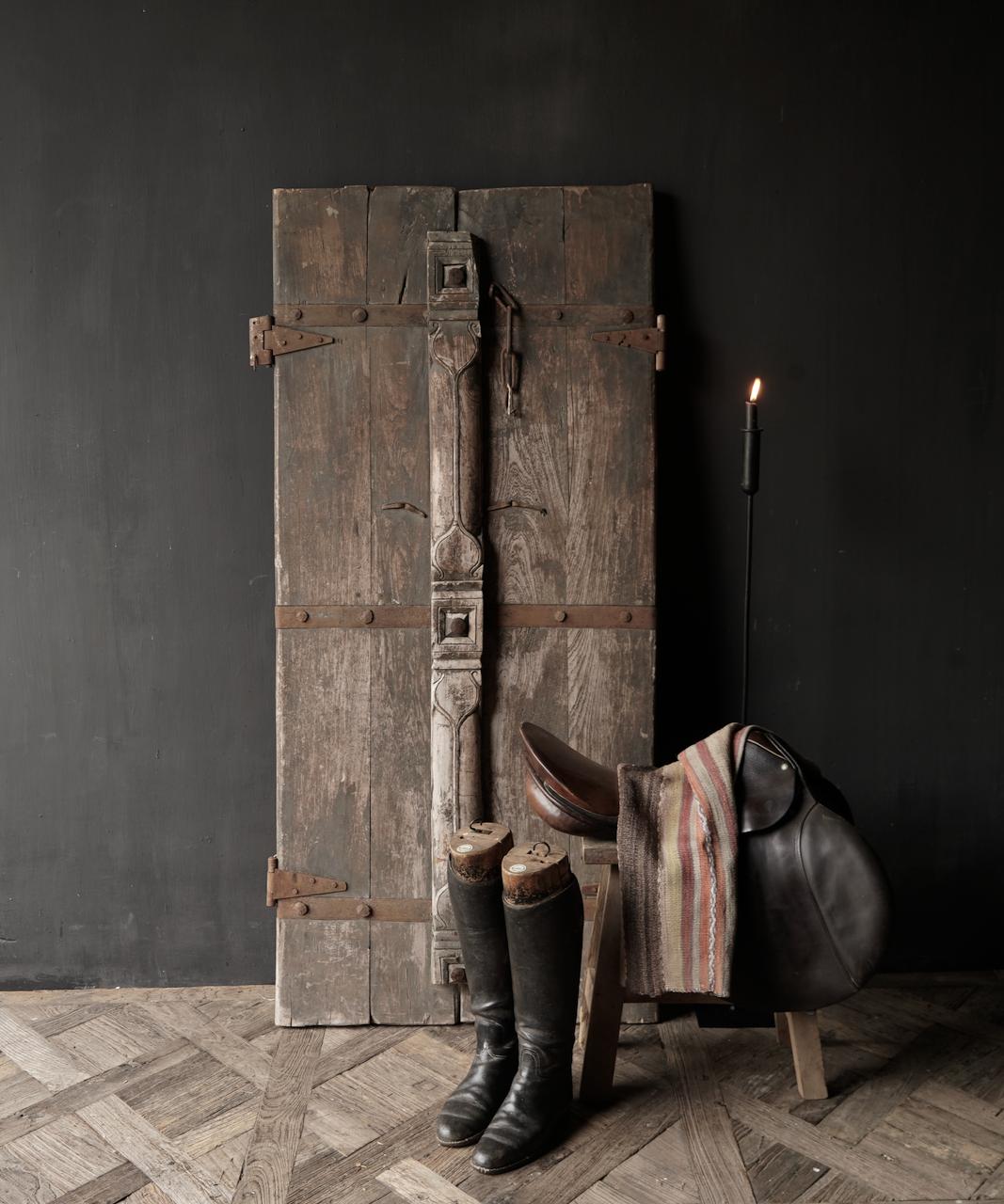 Schöne einzigartige alte antike nepalesische Holztür-1