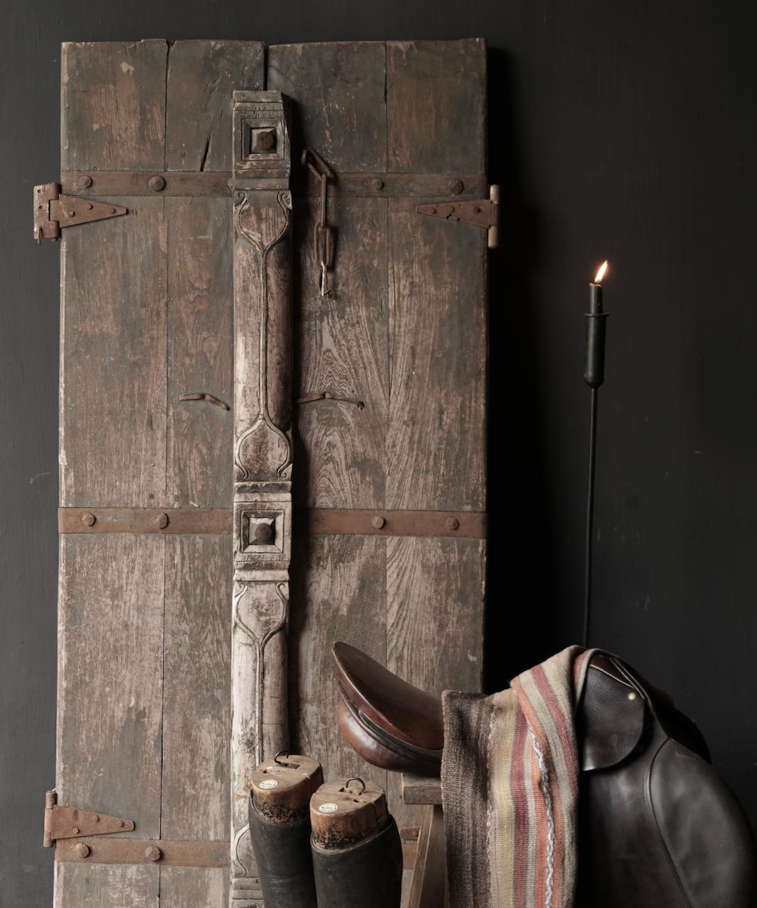 Schöne einzigartige alte antike nepalesische Holztür-2