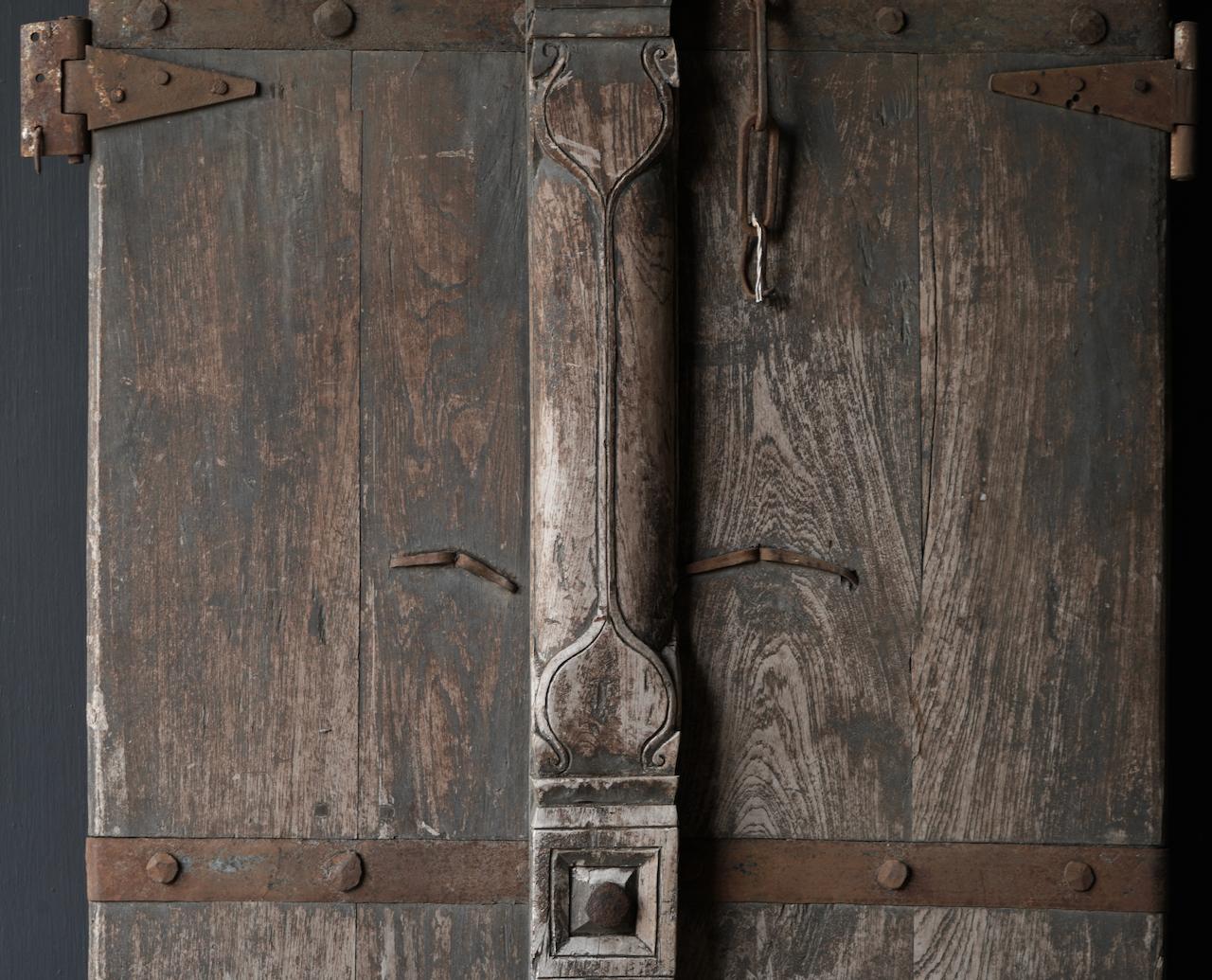 Schöne einzigartige alte antike nepalesische Holztür-5