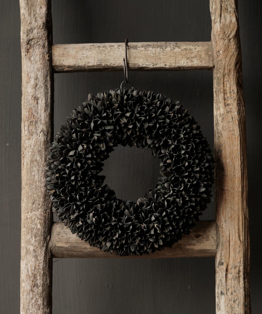 Bakuli (Buche Nüsse) Kranz schwarz-2
