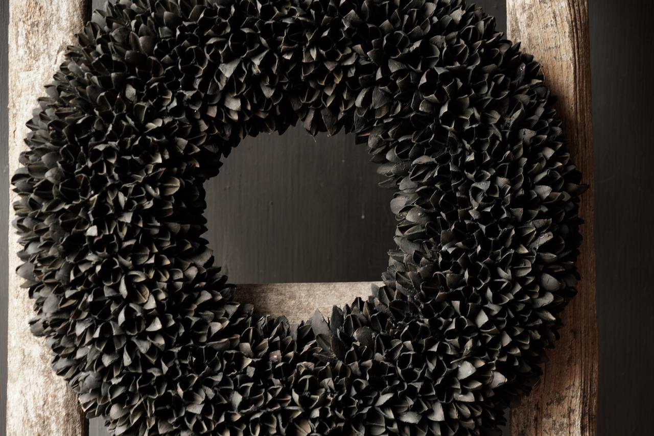 Bakuli (Buche Nüsse) Kranz schwarz-7