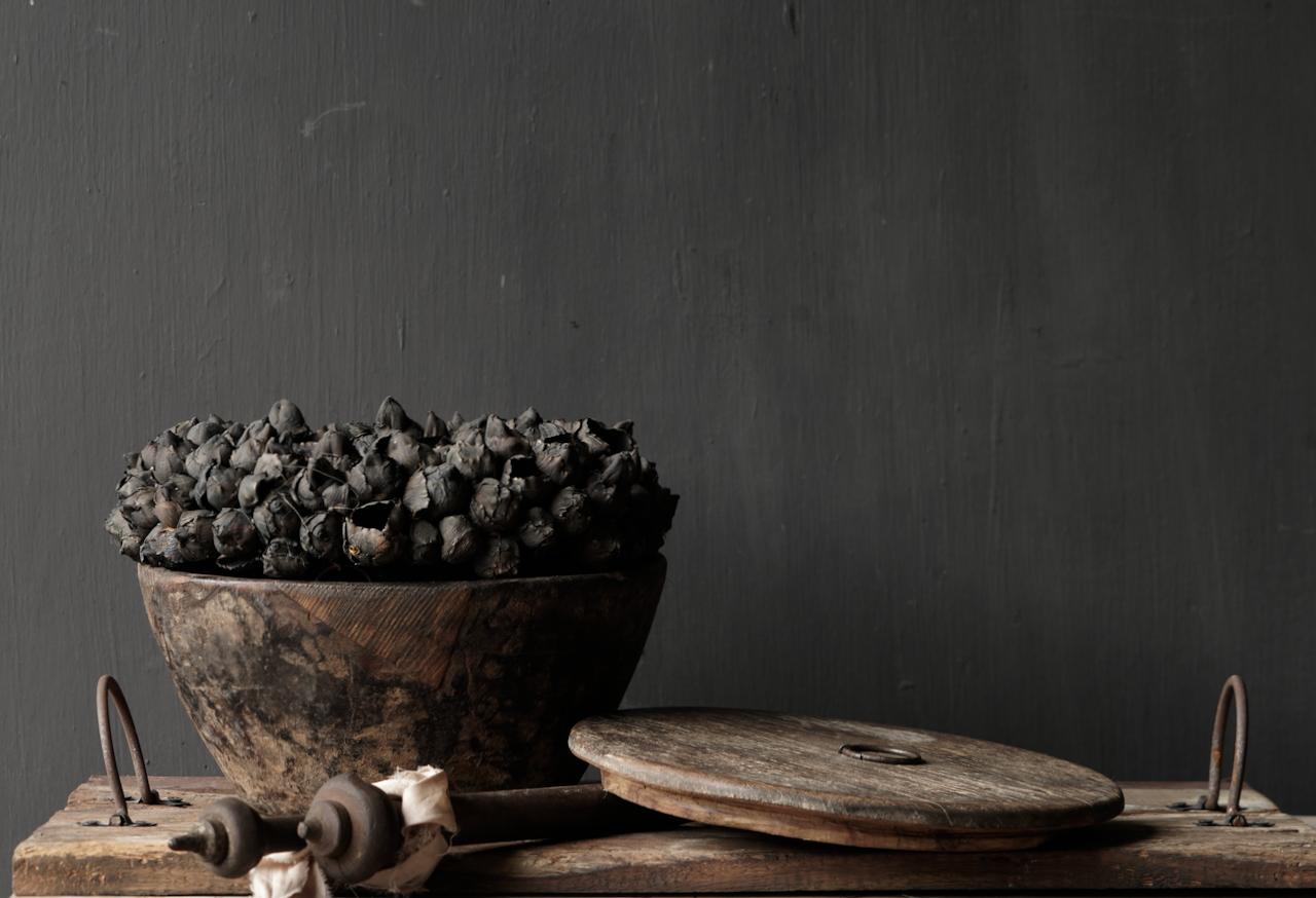 Nepalese oud houten Pot met deksel-6