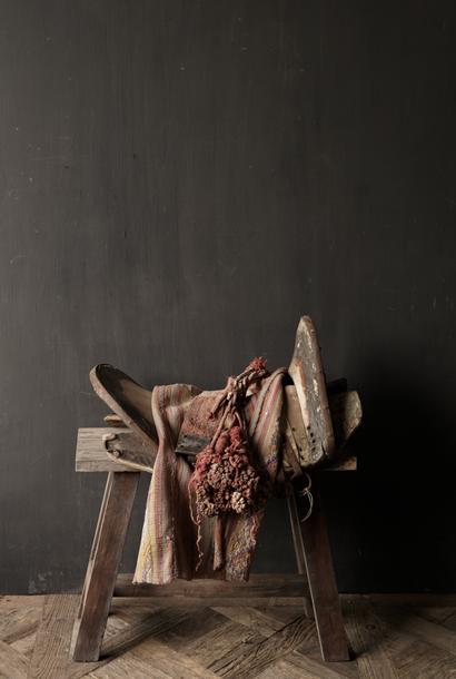 Antiek Oud Uniek houten zadel