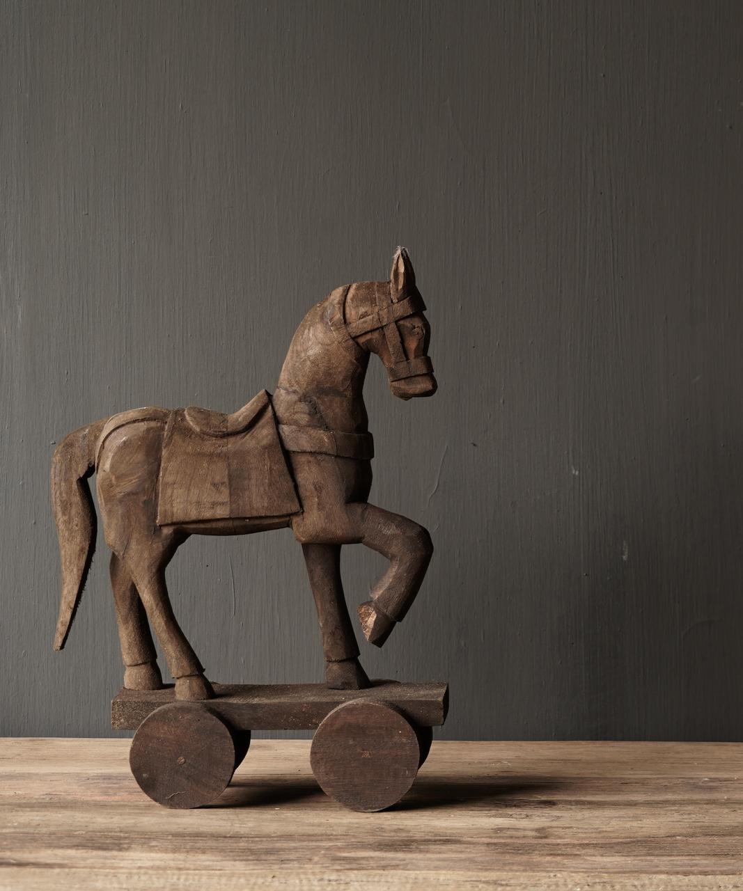 Houten paardje handgemaakt van oud hout-3