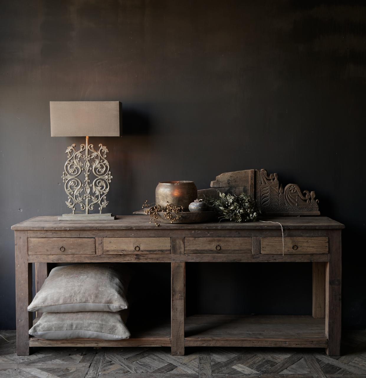 Beistelltisch oder Wandtisch mit vier Schubladen-1