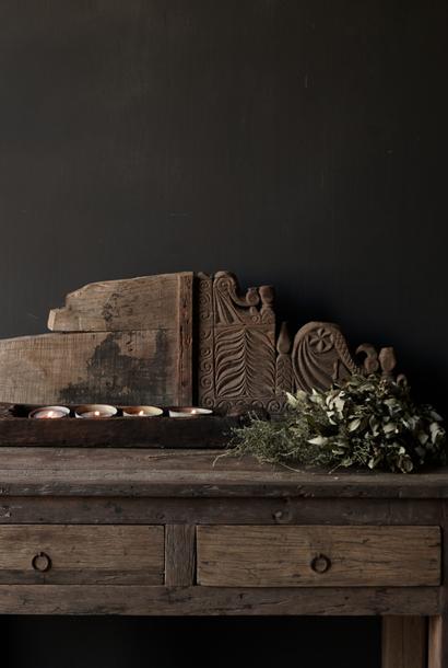 Prachtig groot Uniek oud   ornament van hout