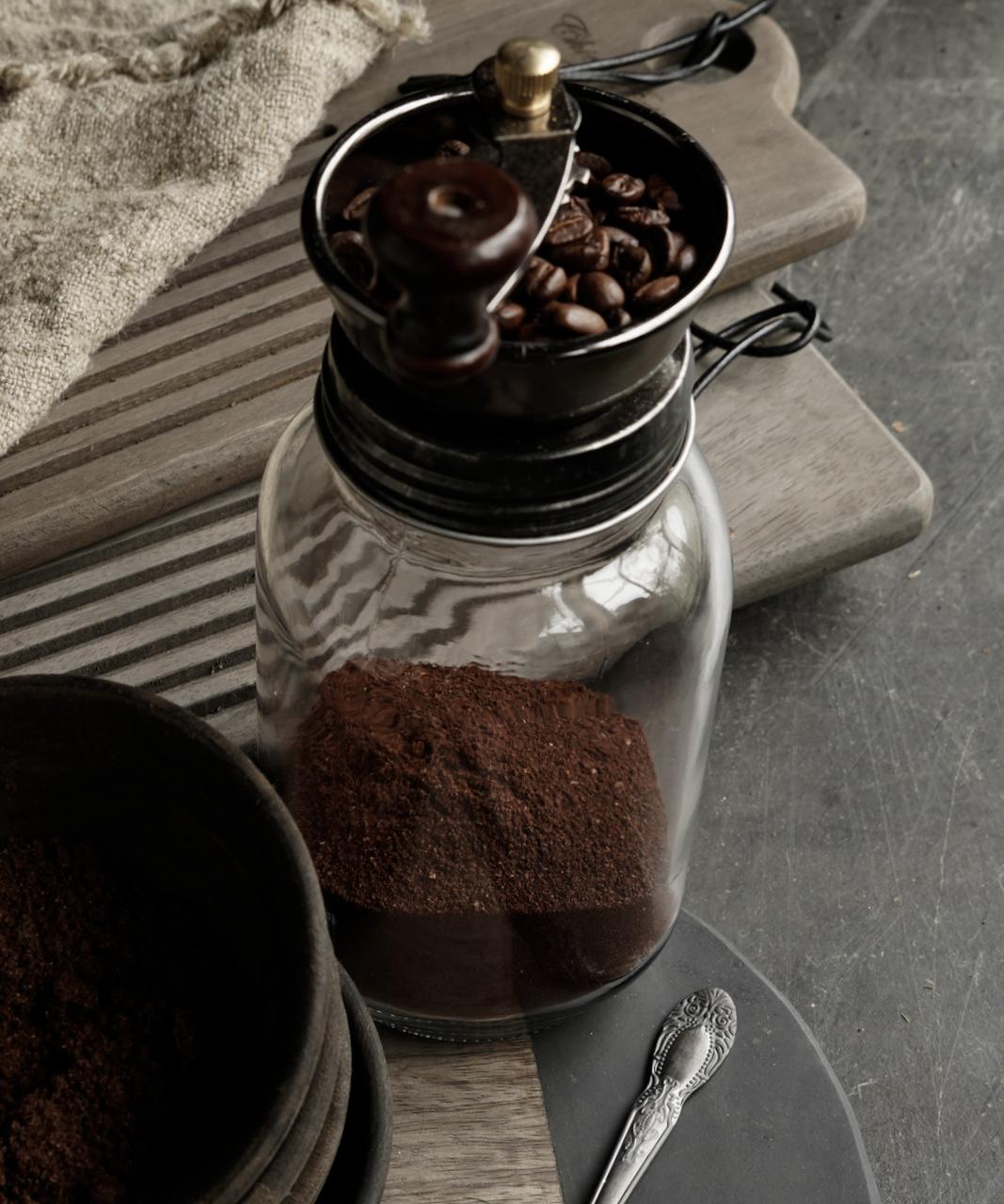 Koffie molen /voorraadpot-2