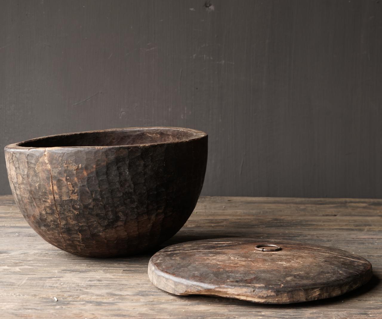 Oude Authentieke houten schaal met deksel-4