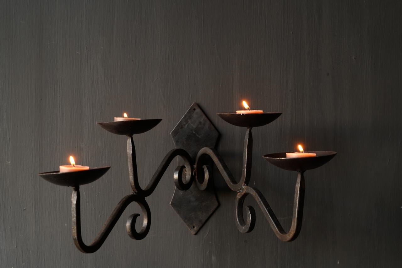 Eisen hängender Kerzenhalter-2
