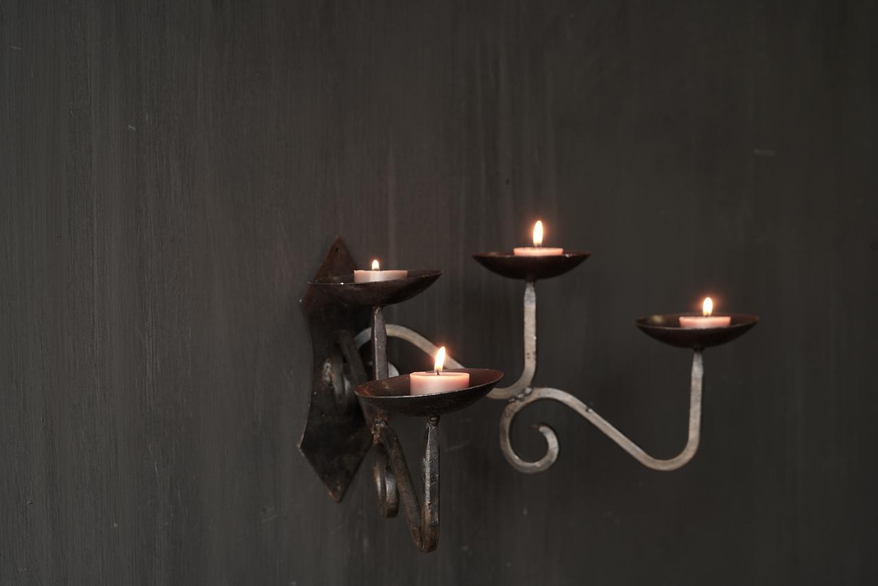 Eisen hängender Kerzenhalter-3