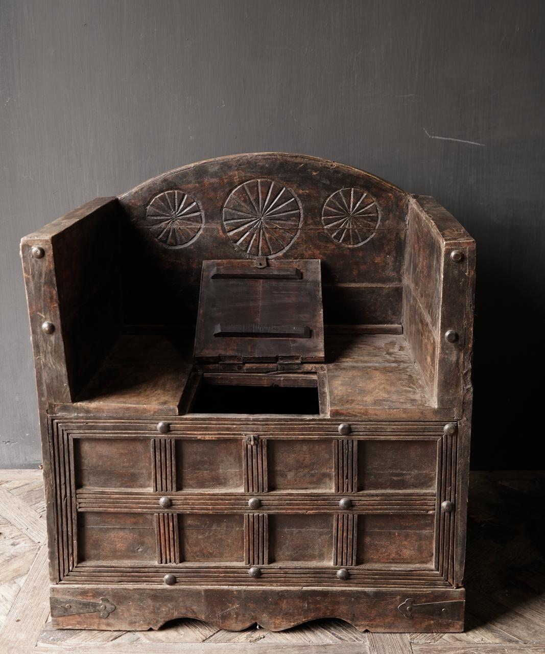 Uniek Antiek houten indische stoel-3