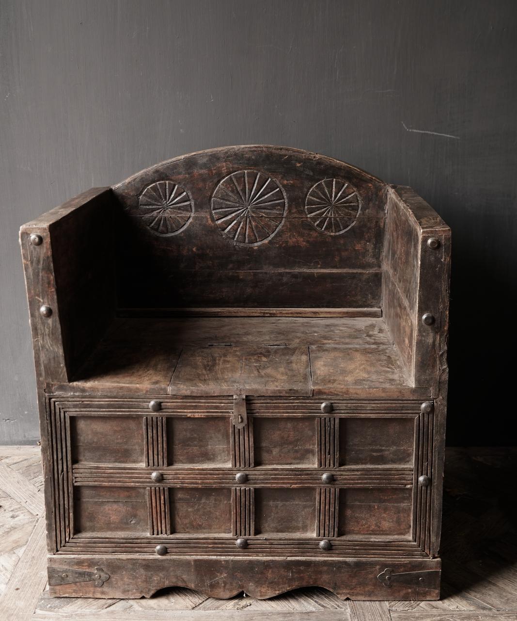 Uniek Antiek houten indische stoel-2