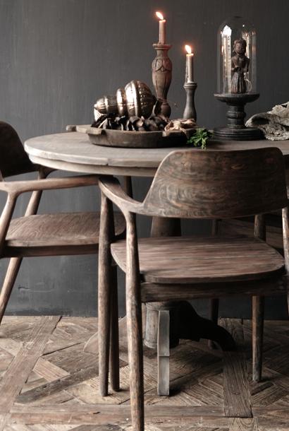Vergrijsde rustiek oud Teak houten arm stoel