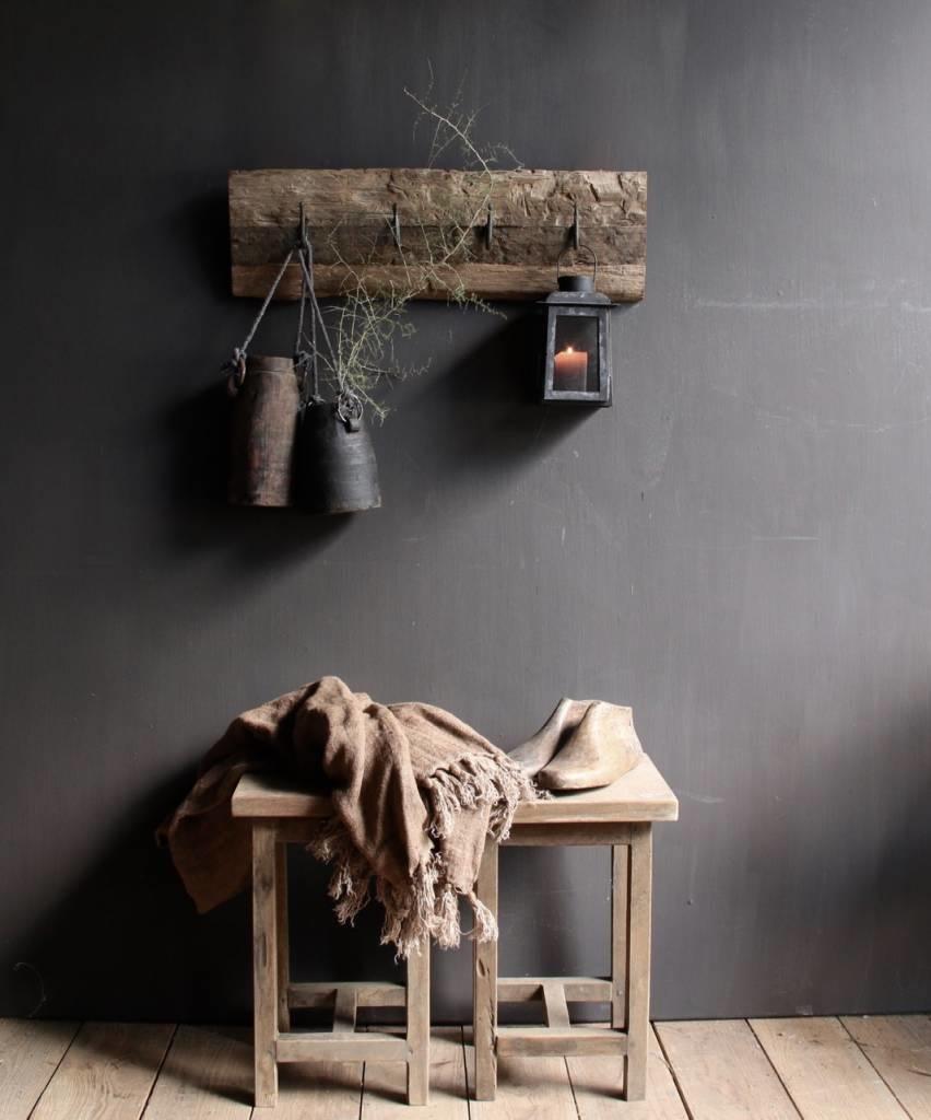 Kapstok van oud hout met  ijzeren haken-1