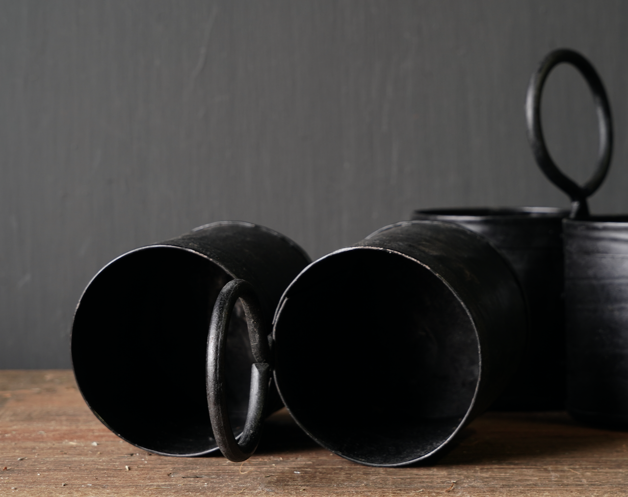 Black Iron cups 2 together with handle-3