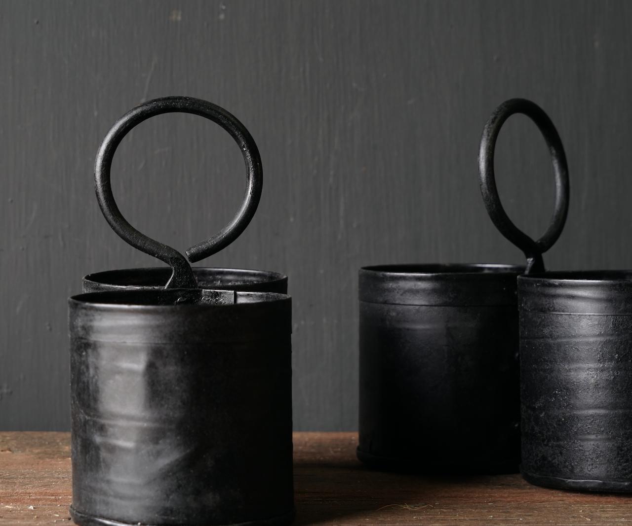Black Iron Cups 2 zusammen mit Griff-4