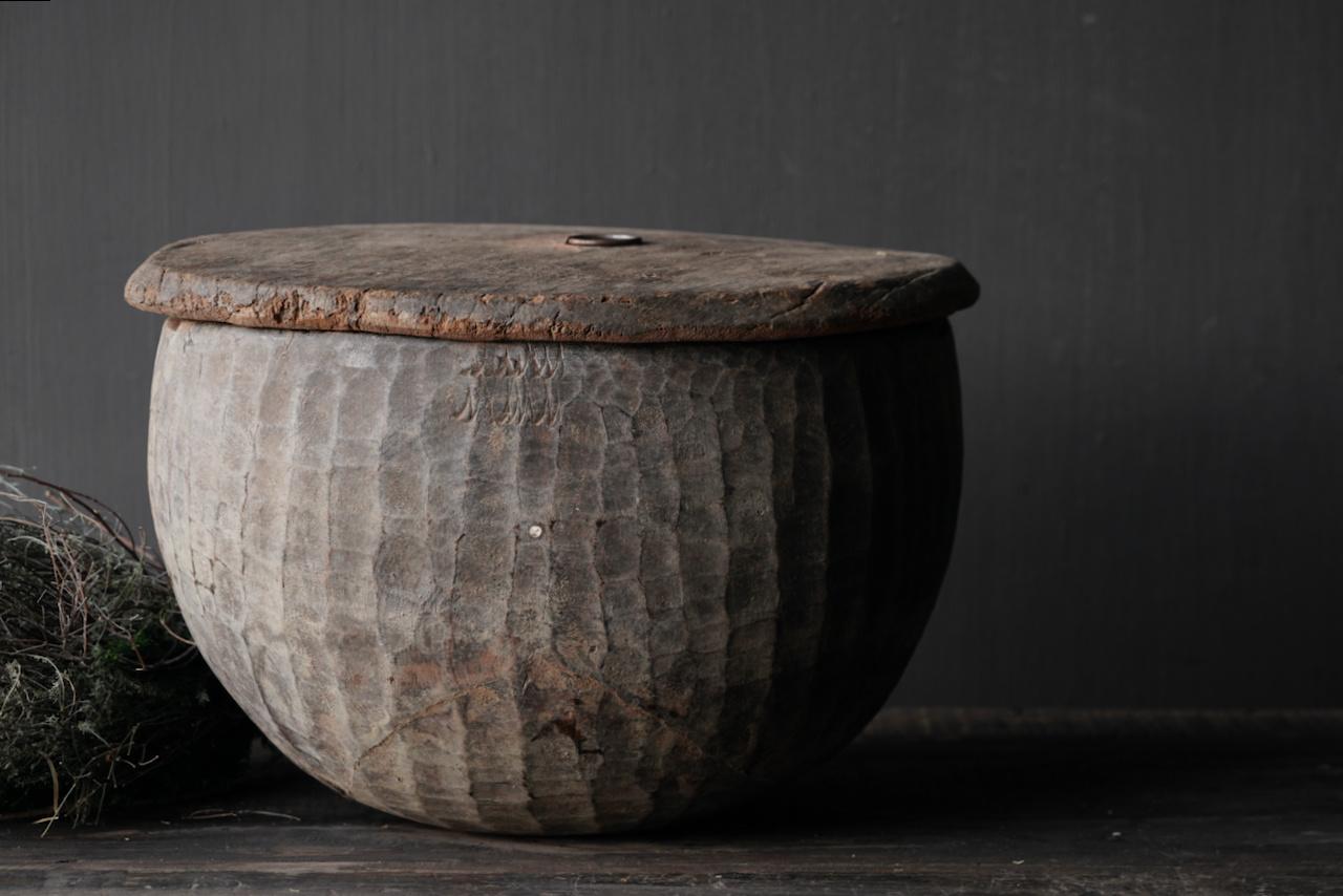 Oude Authentieke houten schaal met deksel-3