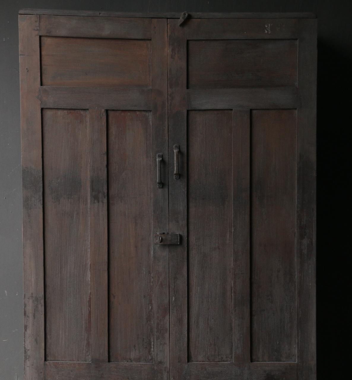 *Gereserveerd* Uniek Antiek Oud Indisch tweedeurs kast-2