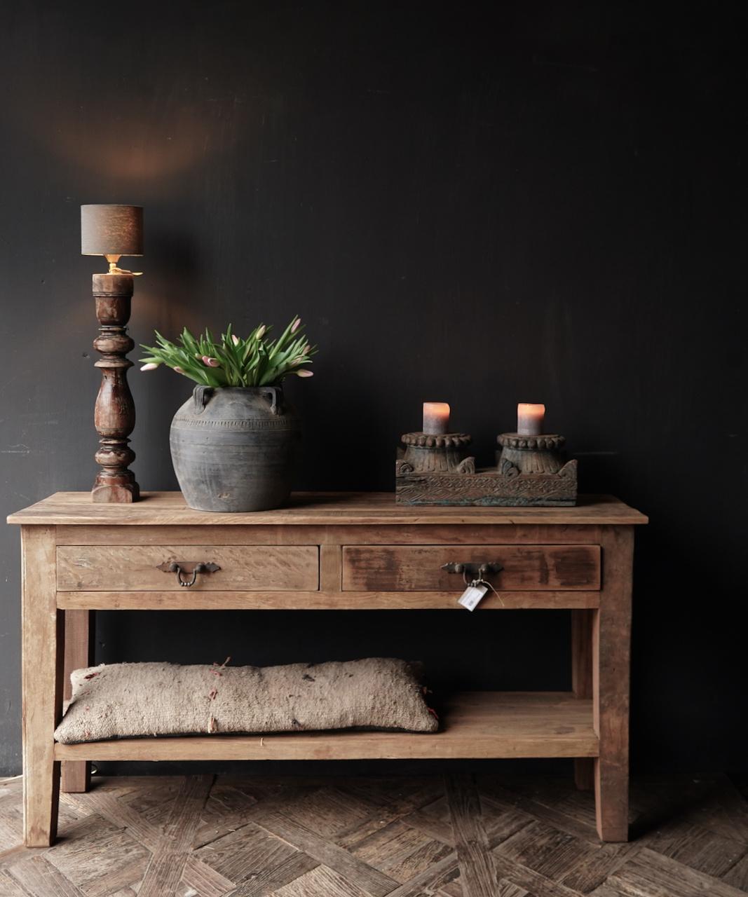 Stoer Robuust oud houten Sidetable oftewel muurtafel met  twee lades-1