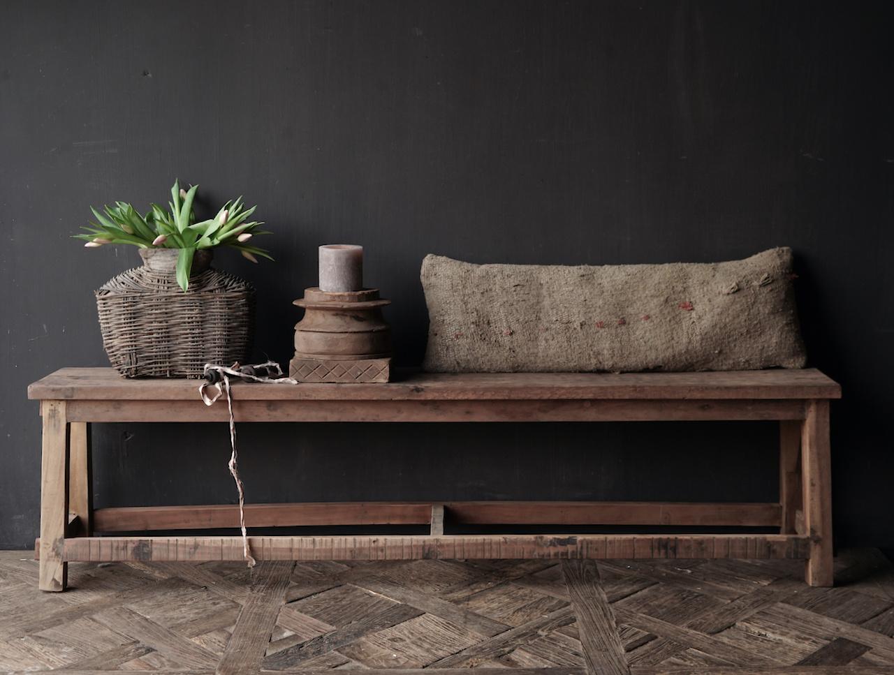 Bank gemaakt van oud hout-2