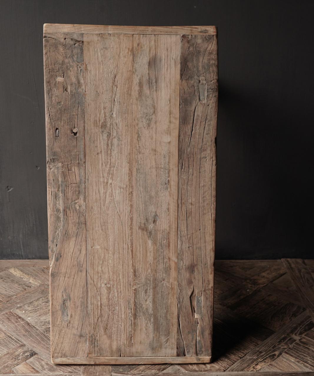 Alter Beistelltisch aus Stoer Elmwood / Ulmenholz Wandtisch mit Schublade-7