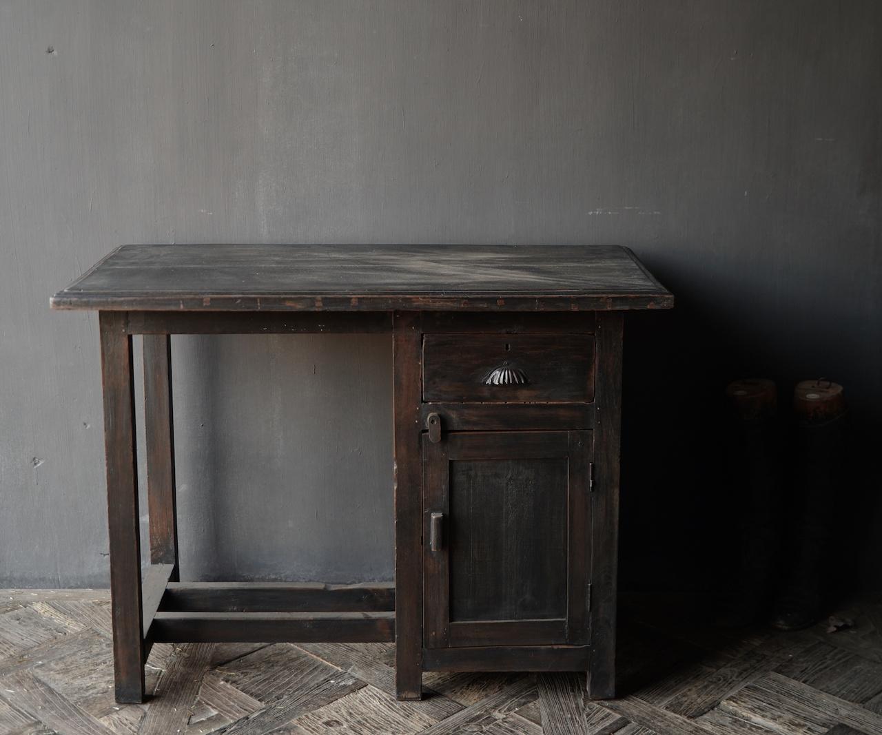 Authentischer alter Schreibtisch / Wandtisch mit Tür und Schublade-3