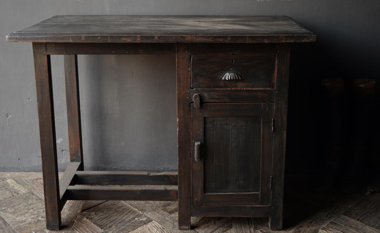 Authentischer alter Schreibtisch / Wandtisch mit Tür und Schublade-4