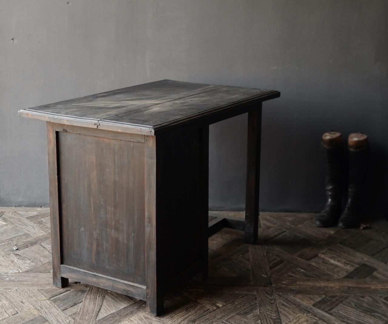 Authentischer alter Schreibtisch / Wandtisch mit Tür und Schublade-9