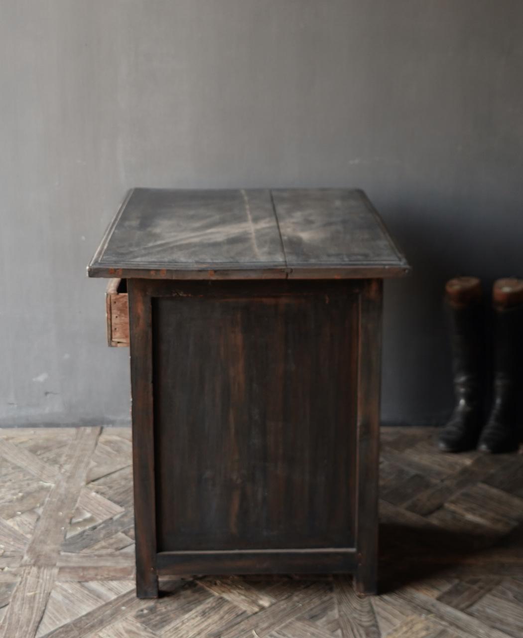 Authentischer alter Schreibtisch / Wandtisch mit Tür und Schublade-10