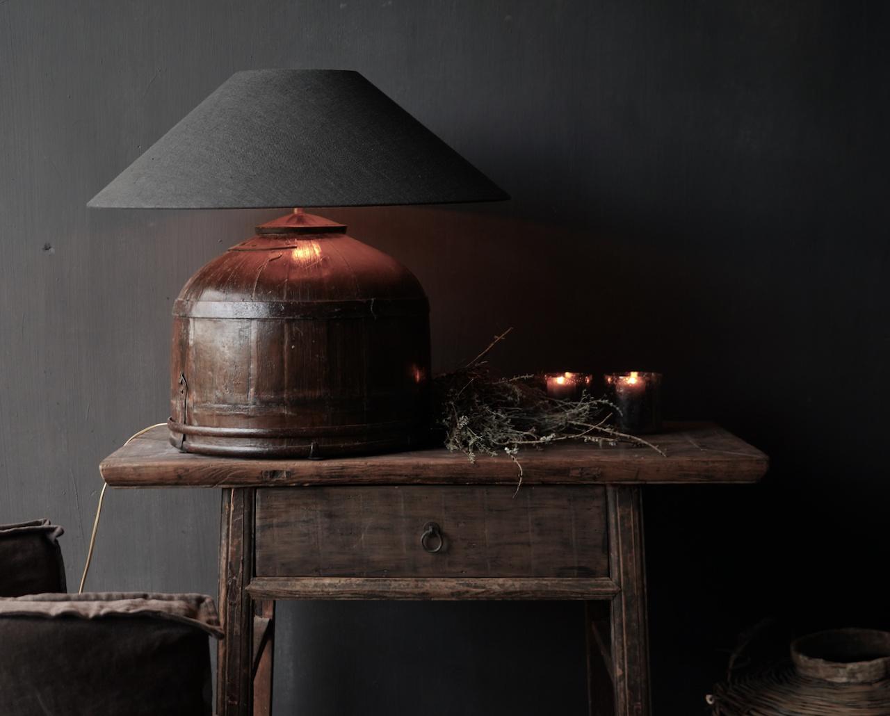 Tafel Lamp gemaakt van een oude authentieke Indische water Emmer-2