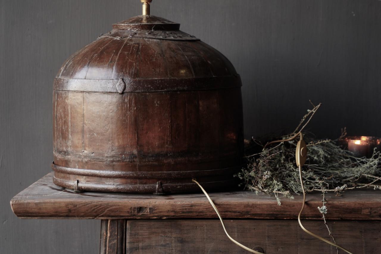 Tafel Lamp gemaakt van een oude authentieke Indische water Emmer-3