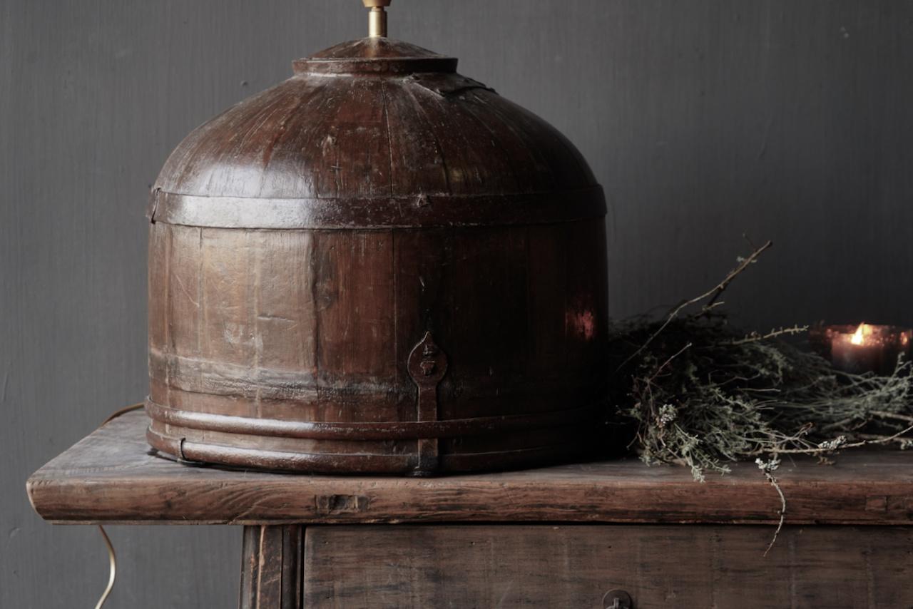 Tafel Lamp gemaakt van een oude authentieke Indische water Emmer-4