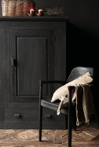 zwart rustiek oud Teak houten arm stoel