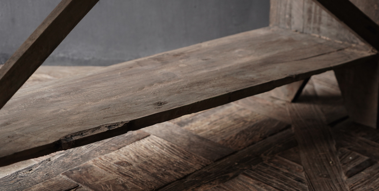 Gestell aus altem gebrauchtem Holz-3
