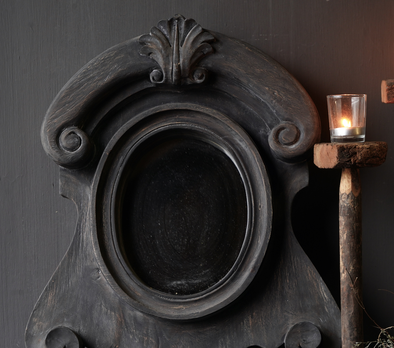 Ox eye Mirror made of wood in the color dark gray-2