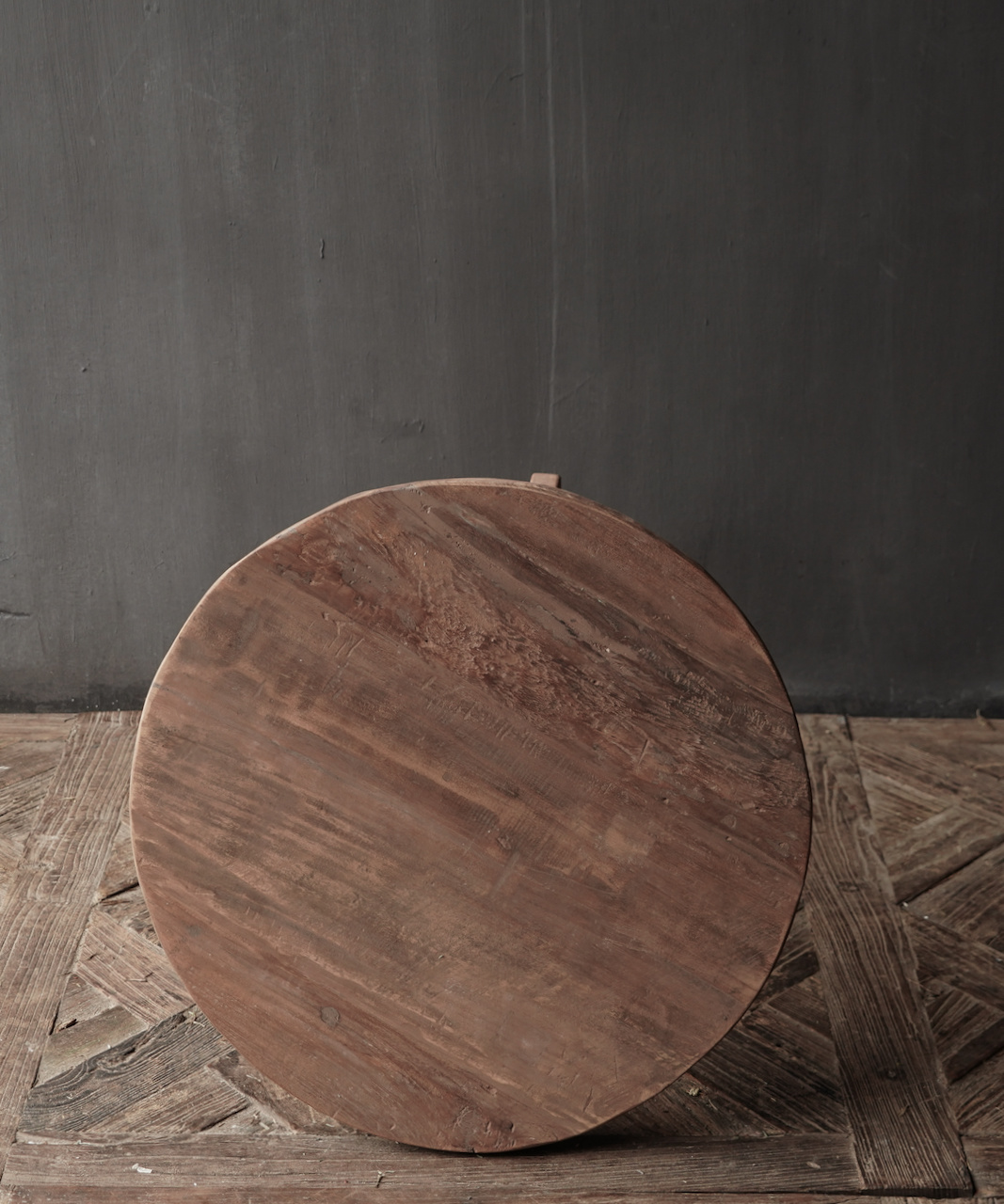Old wooden wine table-2