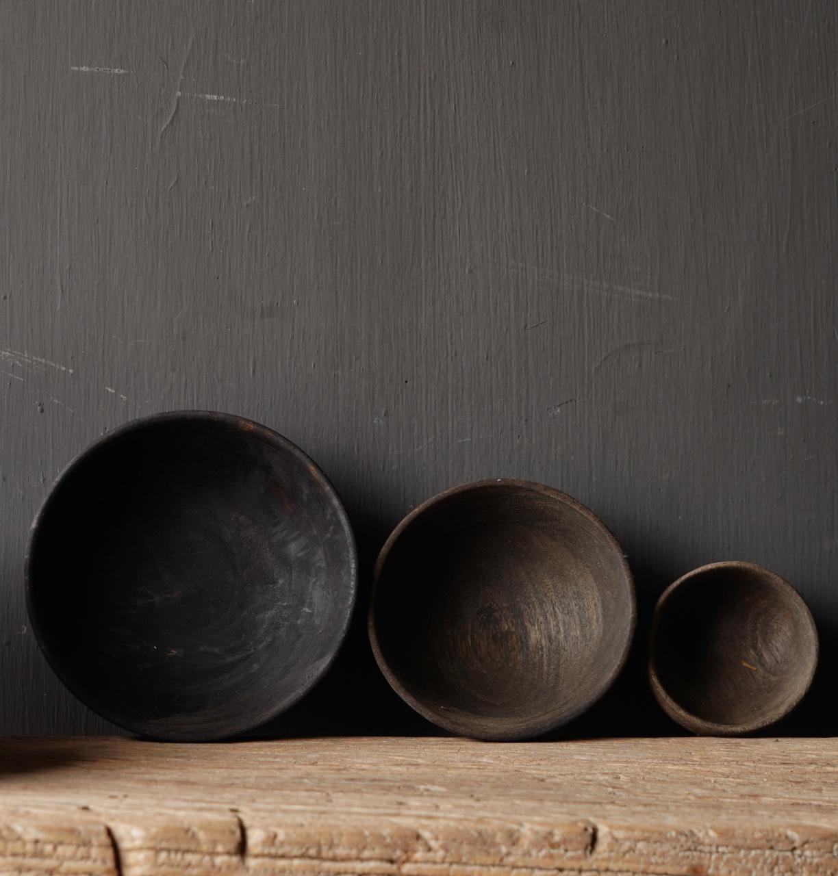 Robuste dunkle Holzschale-6