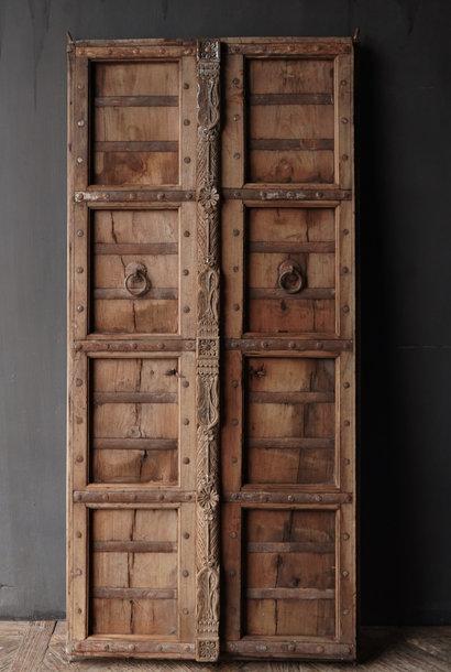 Alte indische Türen gesetzt
