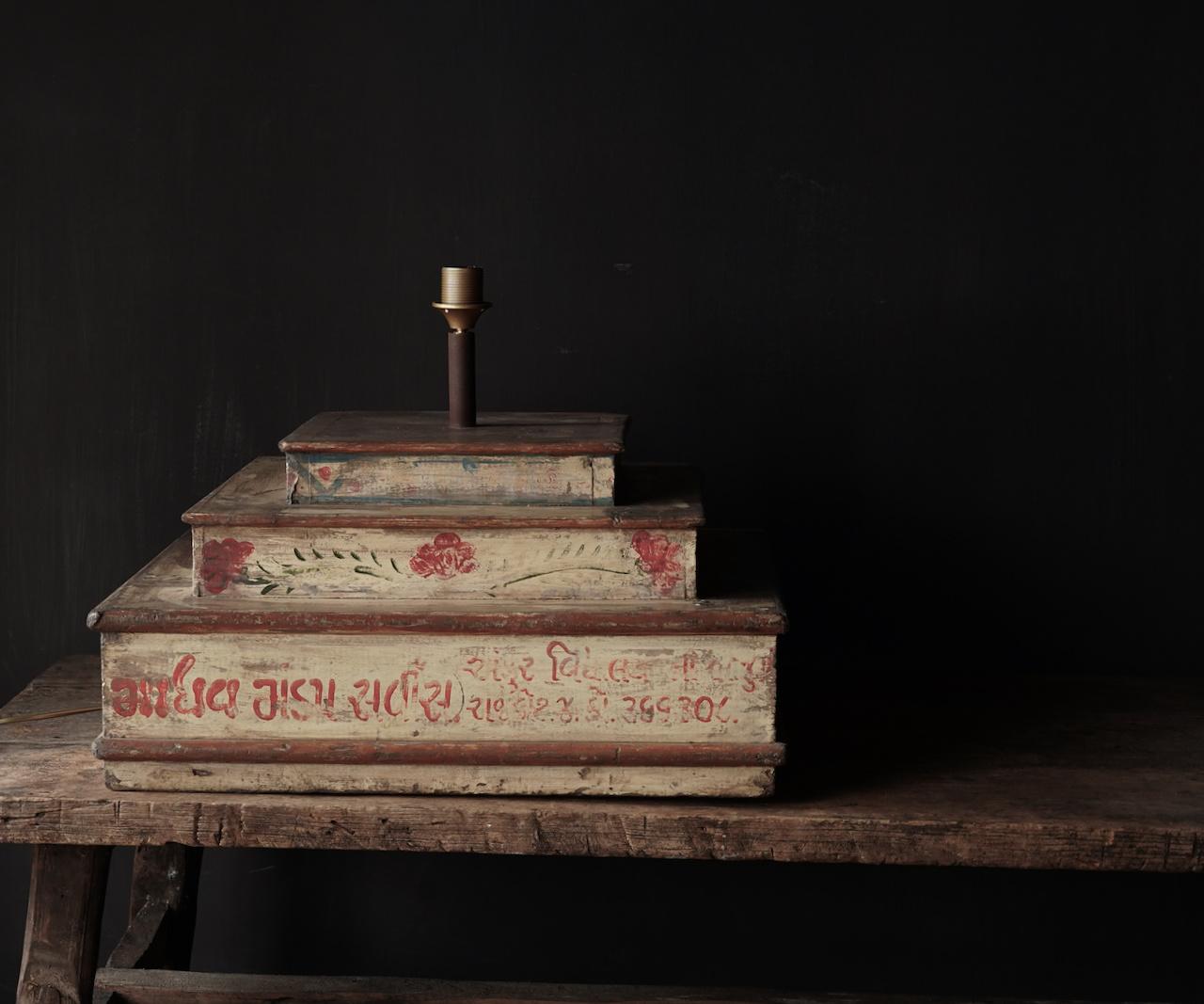 Unieke lamp voet van houten bruidscake etagere-2