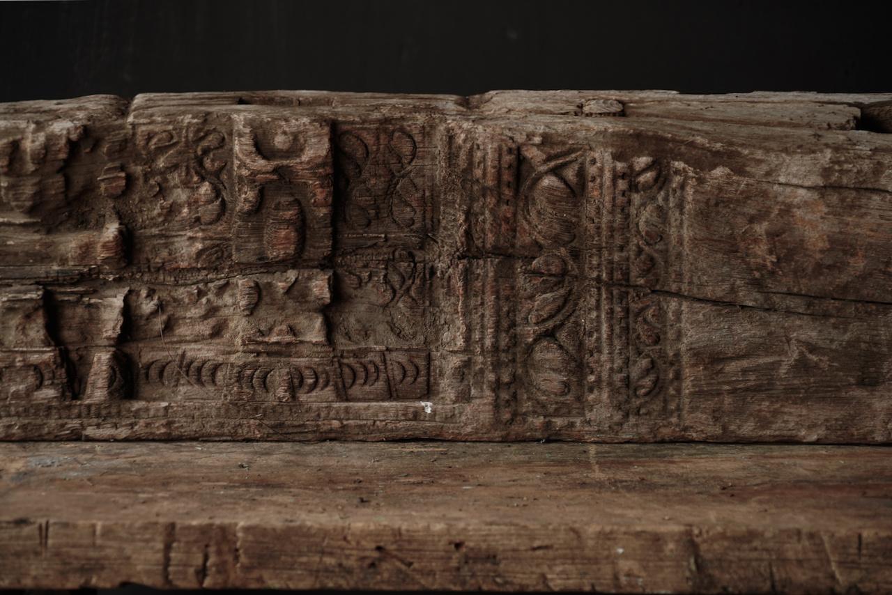 Uniek oud Stoer  houten ornament-3