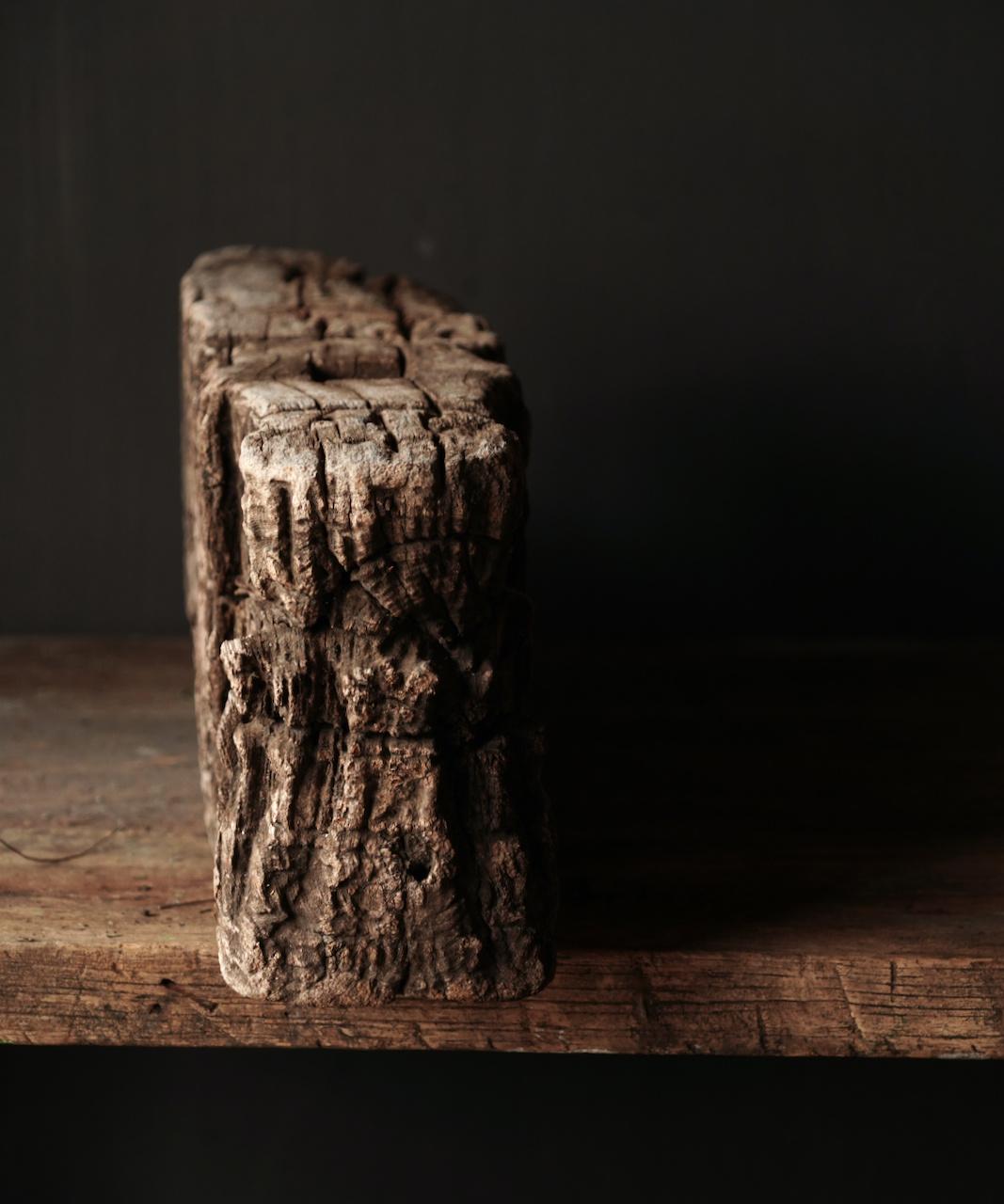 Uniek oud Stoer  houten ornament-4