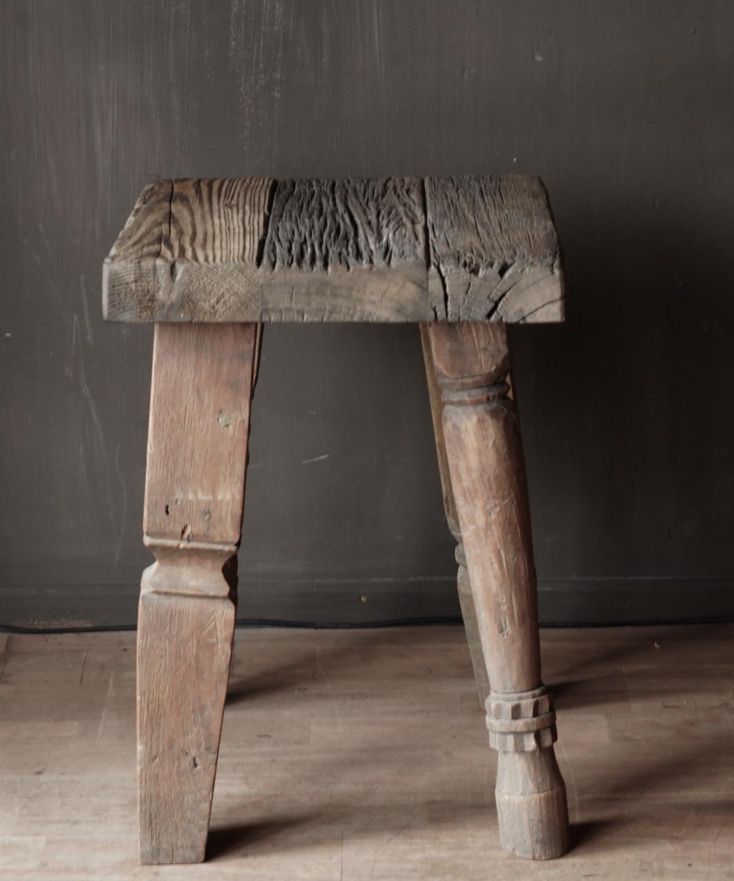 Uniek vierkant stoer robuust houten bijzet tafeltje met verschillende poten-8