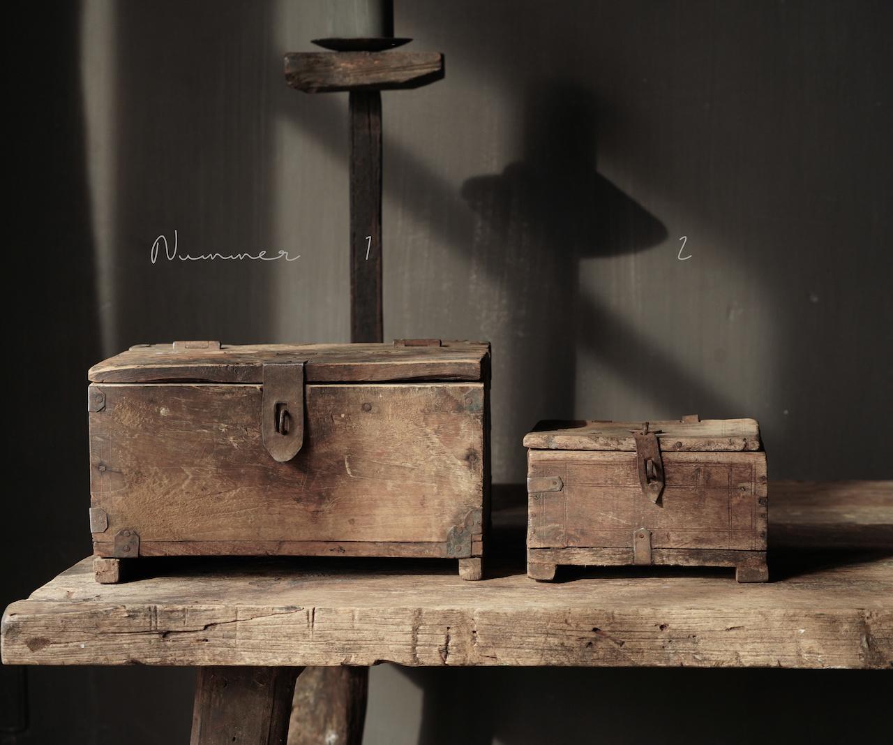 Oude Authentieke houten kistje-2