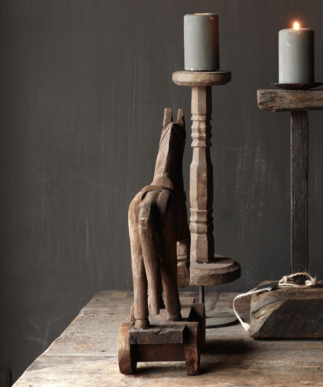 Holzpferd handgefertigt aus altem Holz-4