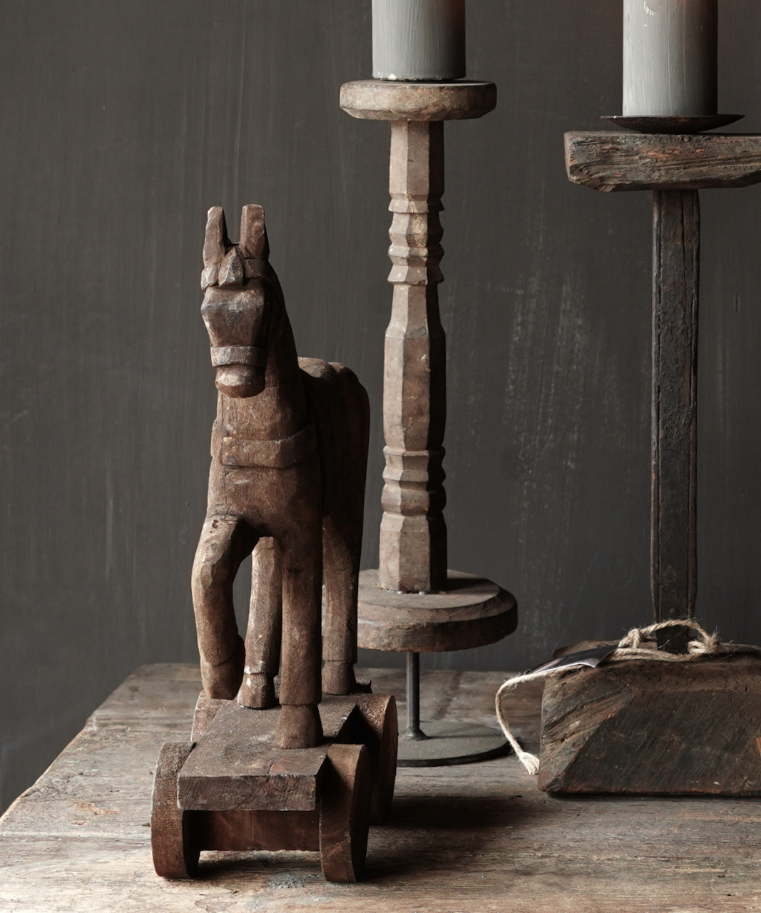 Holzpferd handgefertigt aus altem Holz-5