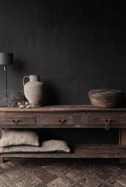 Stoer Robuust oud houten Sidetable oftewel muurtafel