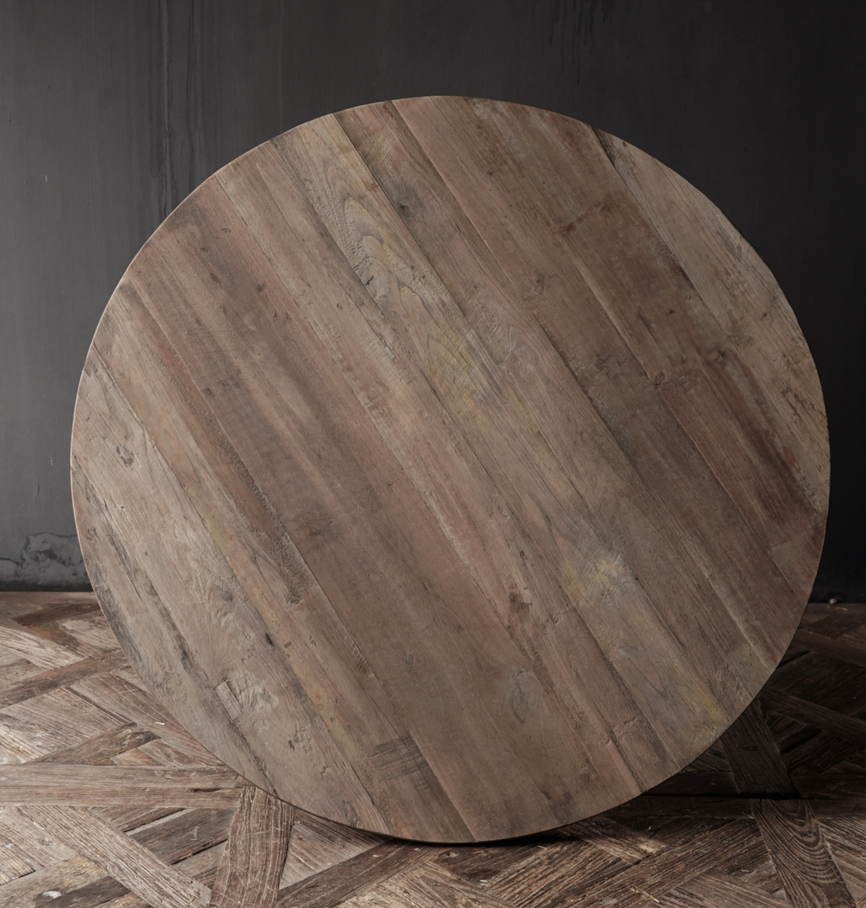 Cool round table made of old used wood - Copy-3