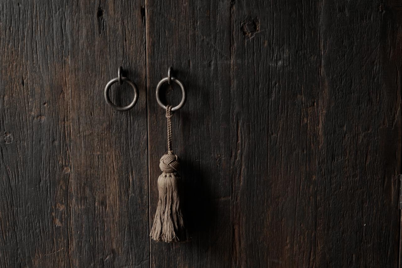 Robust rural Farmers two-door cupboard-3